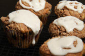 Cinnamon streusel muffins with icing